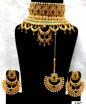 Green Stone Bridal Wear Necklace Set With Maang Tika